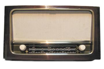 Stari radio Nikola Tesla T104